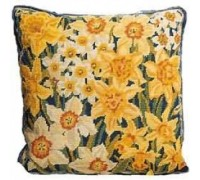 Narcissi and Daffodils Tapestry