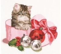 Christmas Kitten - 731