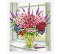 Sweet Williams Vase - 2002\70.323